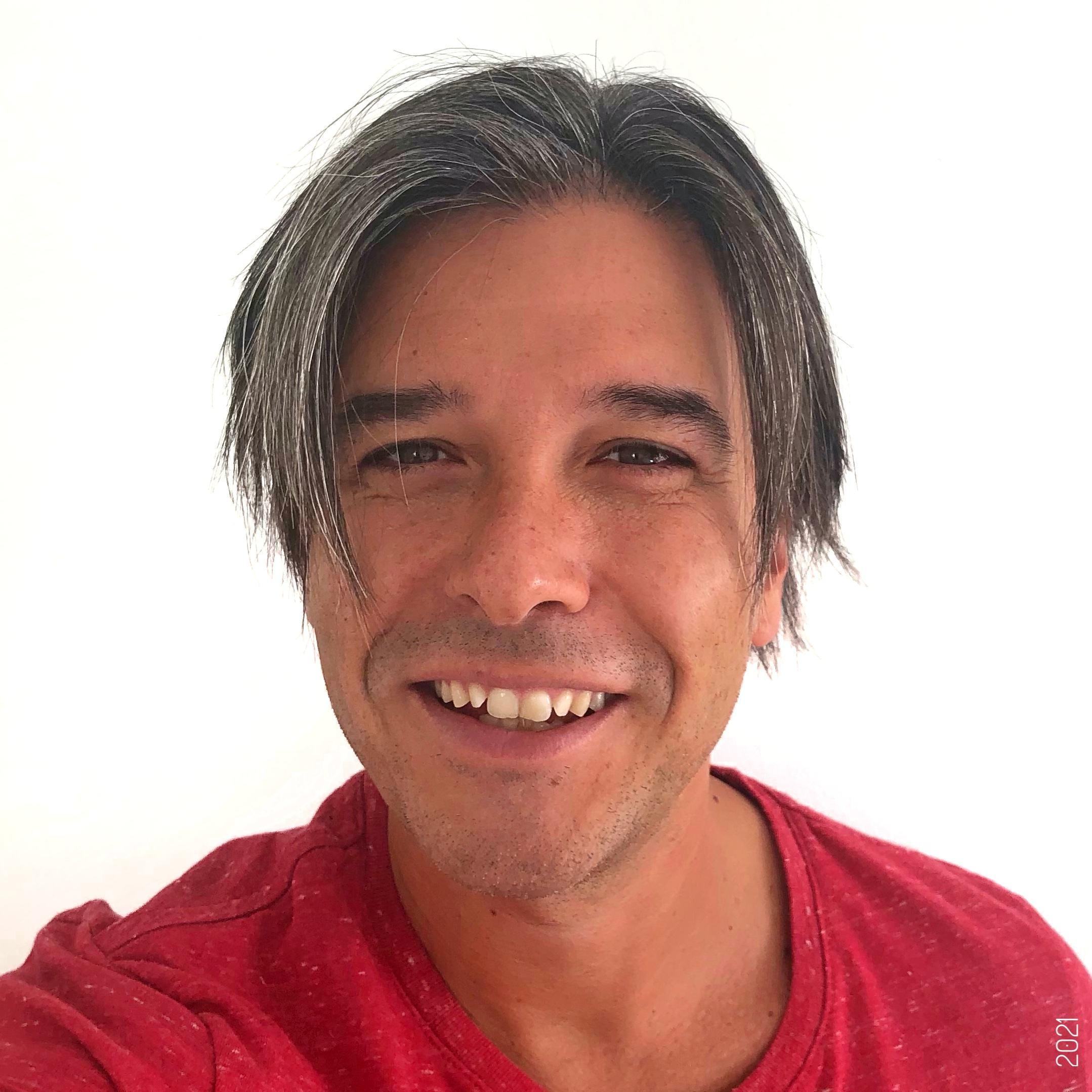 Davide Starnone Profile Picture 2021 3 –web